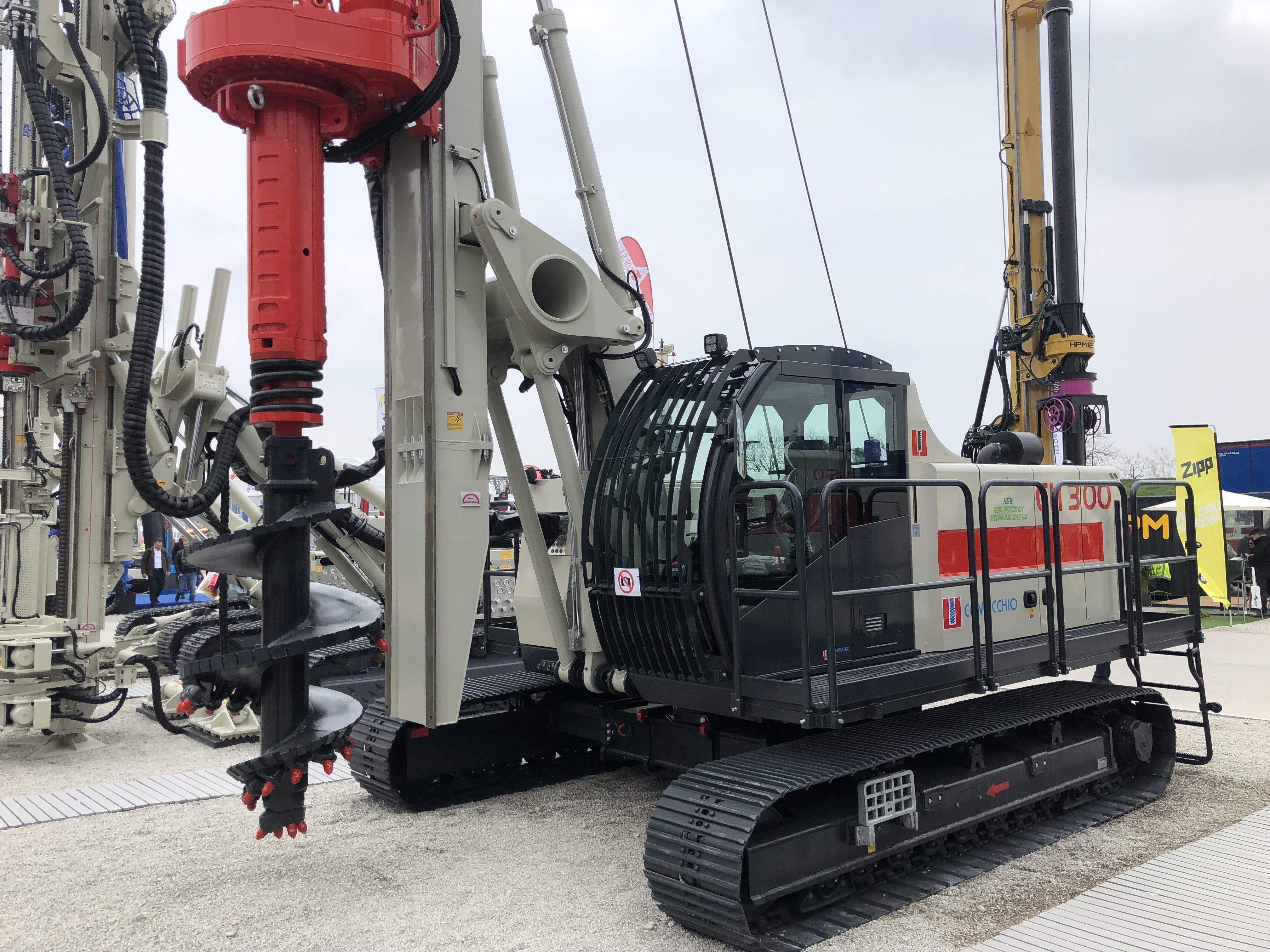 NEW Comacchio CH 300